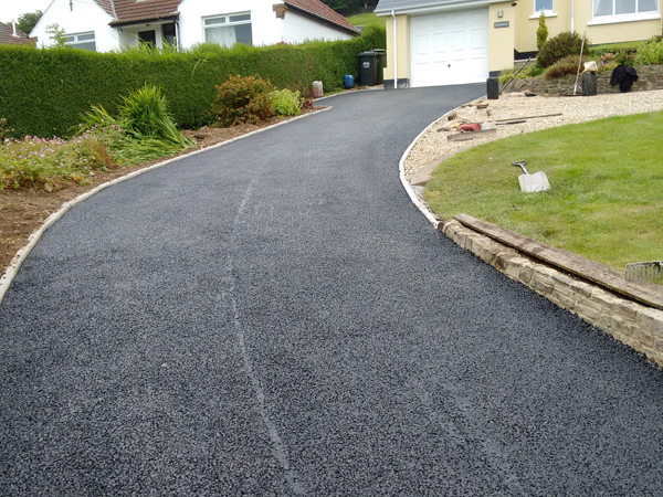 Driveway repaired and resurfaced with tarmac