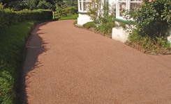 residential gravel driveway
